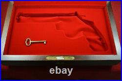 COLT ANACONDA CASE BOX 6 With FINGER GRIPS FRENCH FIT With LOCK AND KEY COLT RED