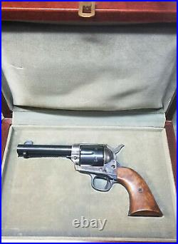 Colt Single Action Army Presentation Case Box French Fit Lined SAA 4.75 Barrel