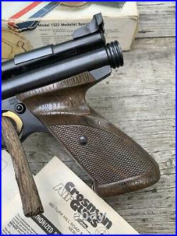 Crosman 1322 Pellet Pistol withBox VTG