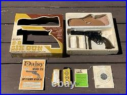 Daisy Model 180 Peacemaker Spring Pistol Boxed Set withHolster, Targets, Manual