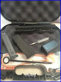 Glock 19 Gen 3 OEM Complete Upper Slide with Barrel 2 Magazines speed loader & box