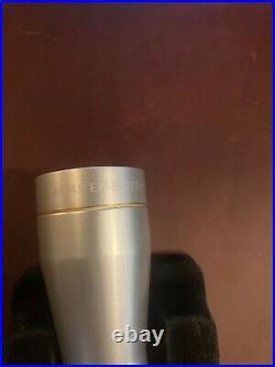 LEUPOLD PISTOL SCOPE. SILVER M8-4X28mm E. E. R 41142 DUPLEX. USED /BOX
