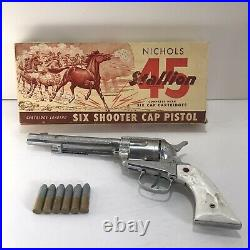 Nichols Stallion 45 Cartridge Loading Six Shooter Cap Pistol 1950 Original Box