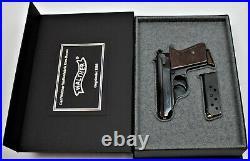 PISTOL GUN PRESENTATION CUSTOM DISPLAY CASE BOX for WALTHER PPK mauser p38 pp