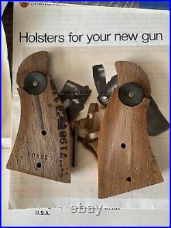 Smith & Wesson K-22 Revolver Grips Owners Manual Original Blue Box Revolver