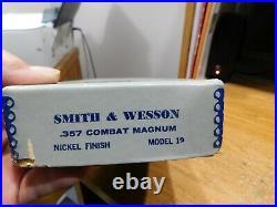 Smith & Wesson Usa. Rareolder Graymodel 19 Revolver Boxreal Nice One