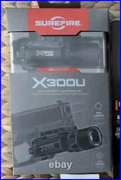 SureFire X300U-A High Output 1000 Lumen LED Handgun Light Black NEW IN BOX