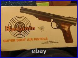 Vintage Benjamin air pistol Model 137-177 Cal 177 New in Box Mint