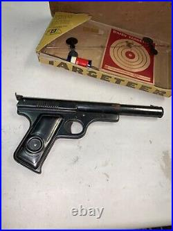 Vintage Daisy Model 118 Target Special BB Gun Pistol Made in USA with Box